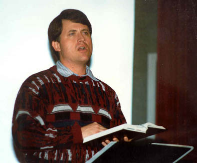 Randy speaking at an EPM Dessert in 1993