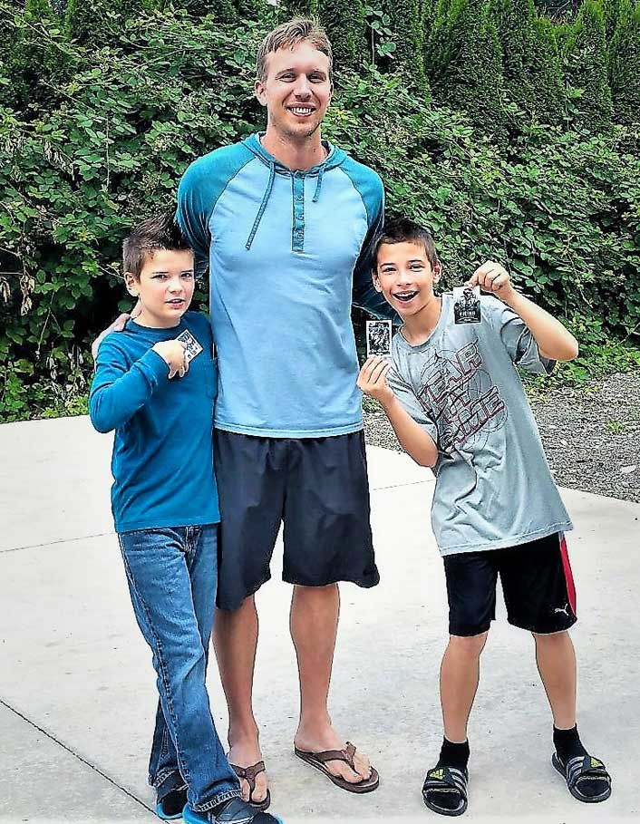 Nick Foles with Randy's grandsons Jake and Ty