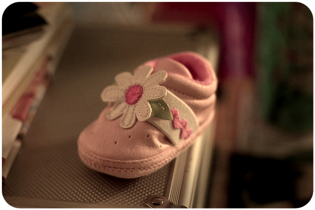 Lone baby shoe / skippytpe via photopin cc